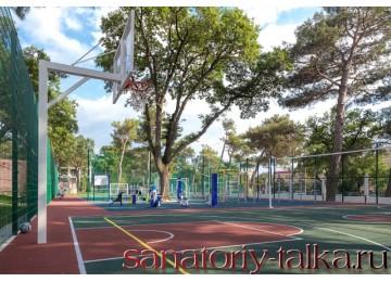 Санаторий «Красная Талка», спортивные площадки на территории
